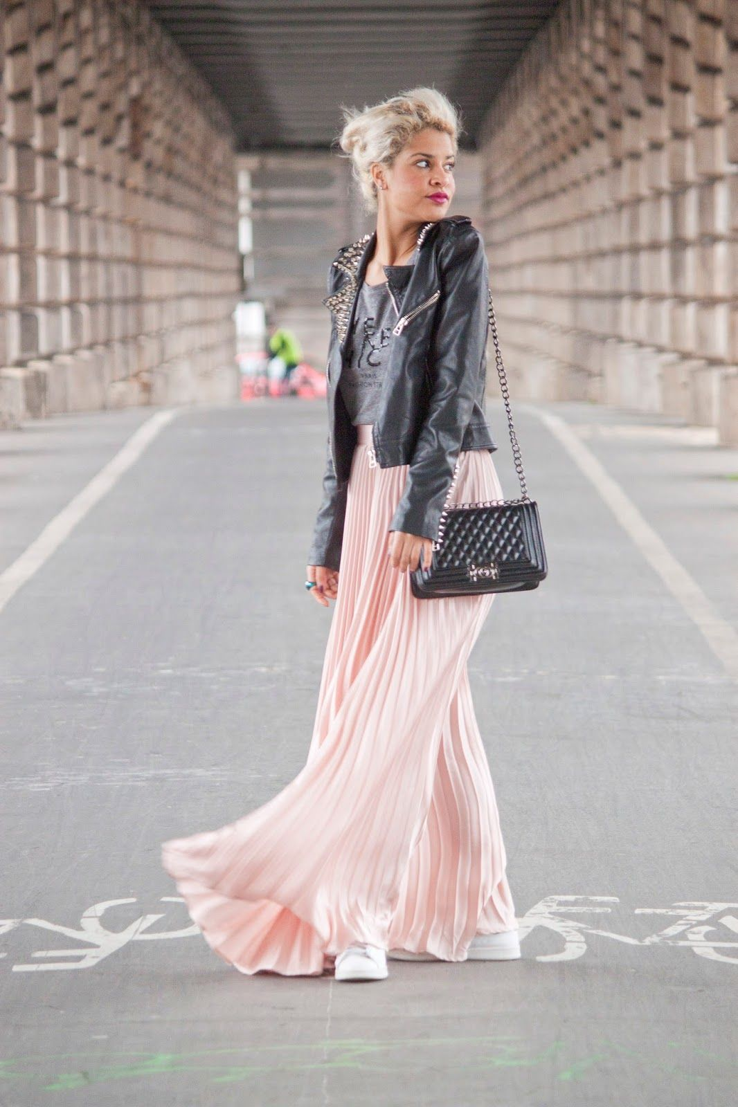 jupe longue pliss e rose clothing pinterest street styles street and worn wear