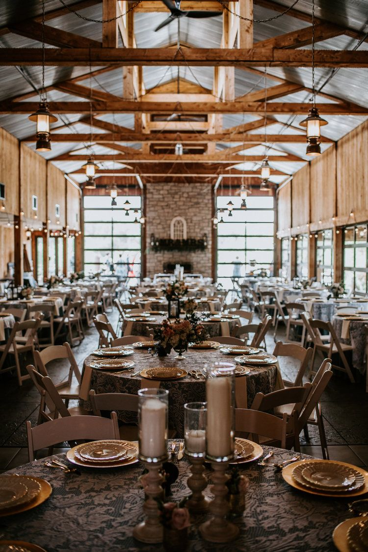 A Wonderful Match In St Louis Haue Valley St Louis Wedding Venues Missouri Wedding Venues St Louis Wedding Venues Vintage Wedding Venues