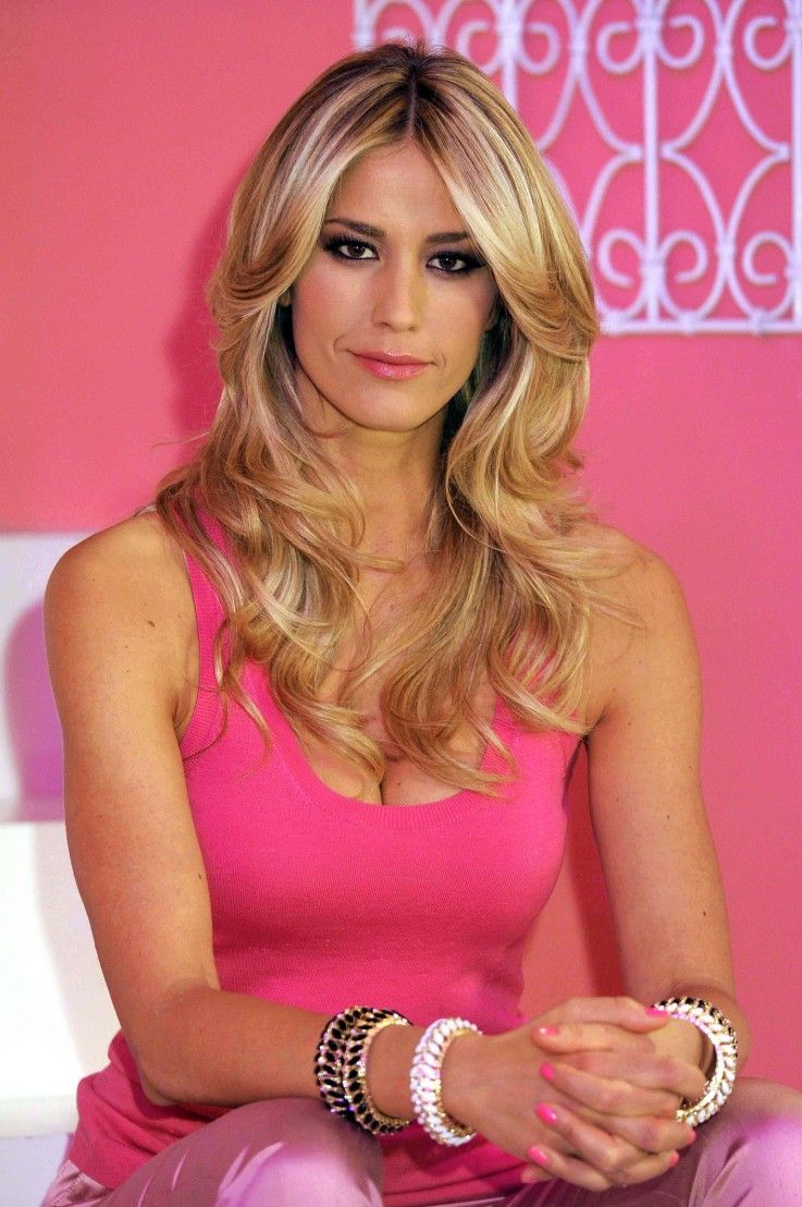 Blonde Italian Women 120