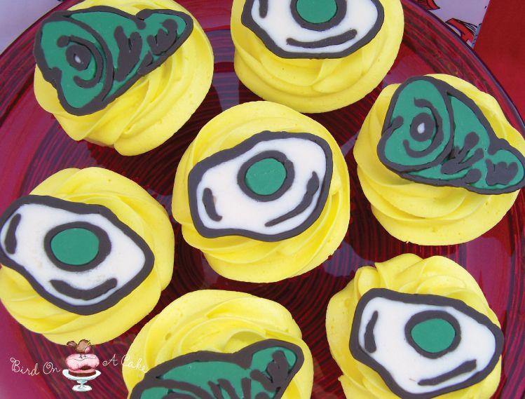 green eggs and ham cupcakes - Google Search #greeneggsandhamrecipe