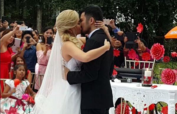 Yeng Constantino Yan Asuncion Valentine S Day Wedding Photos Video Celebrities Songwriting Singer Songwriter
