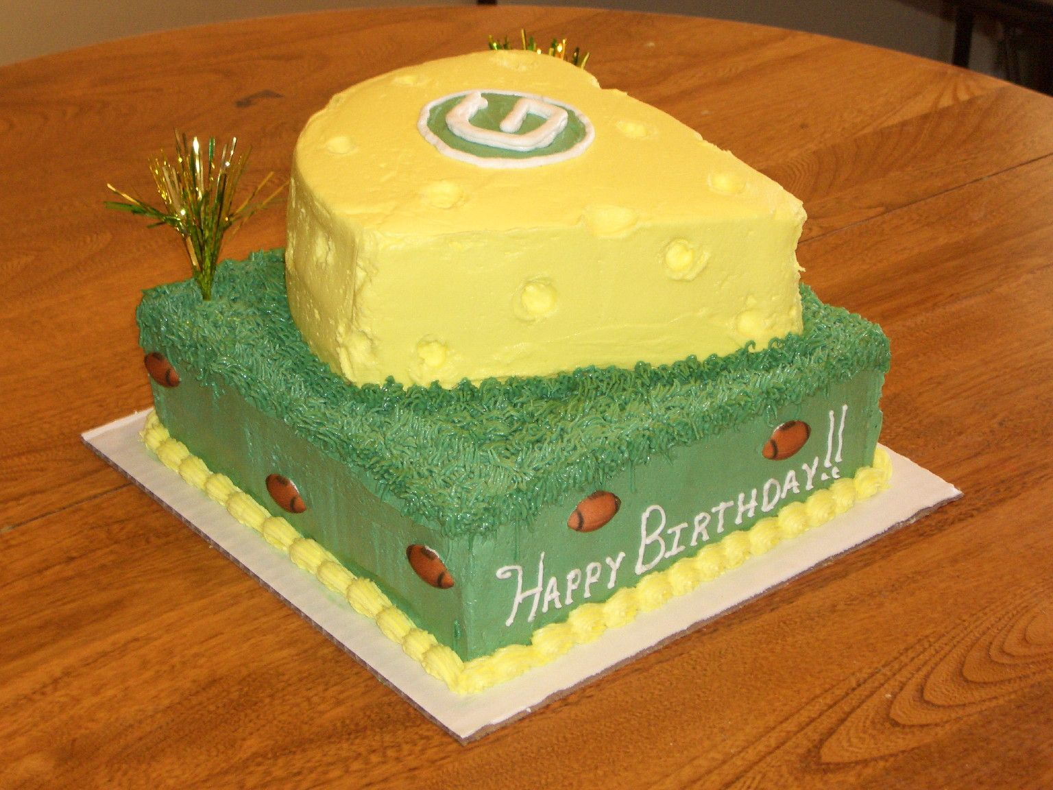 Green Bay Packers Cheese Head Cake Football Nfl Green Bay Packers Cake Packers Cake Cake
