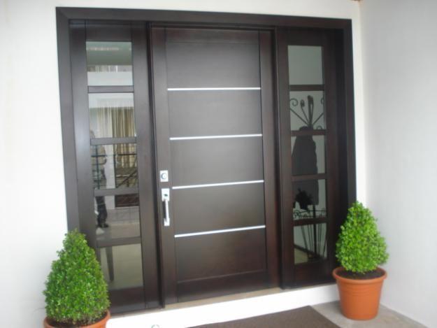 Puertas principales de madera by for Puertas de madera minimalistas
