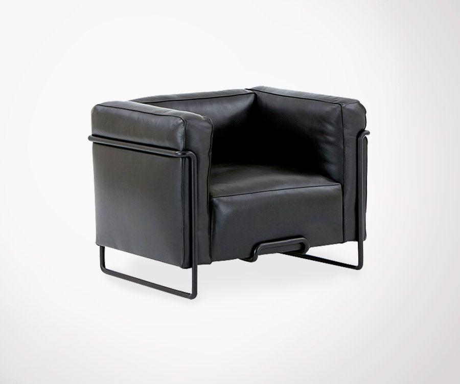 Optez pour ce magnifique fauteuil en cuir noir et armature en acier