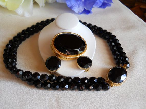 Vintage Black Faceted Glass Beaded Necklace by JanesVintageJewels, $55.00