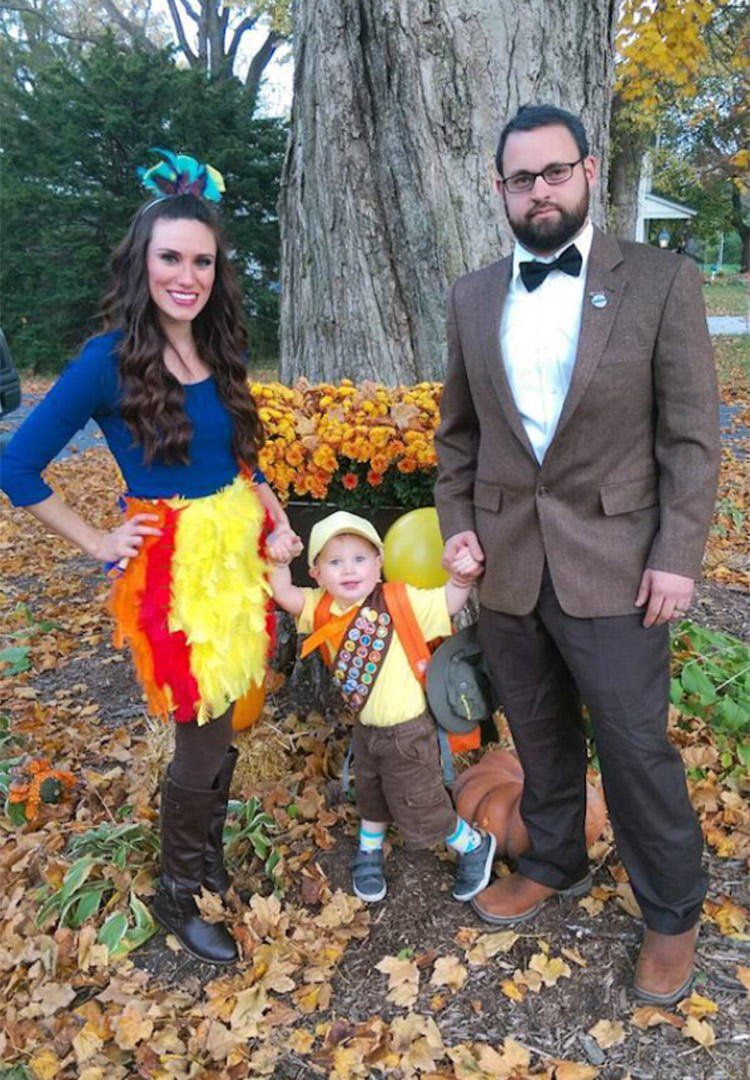 41 family halloween costume ideas that are scary good in 2018