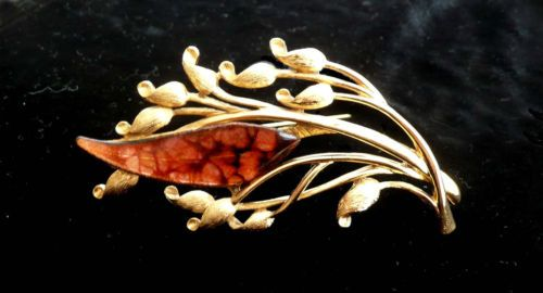 Rare Sauteur Renoir Amber Leaf Brooch in the Golden Glow series (1961-1963 only)