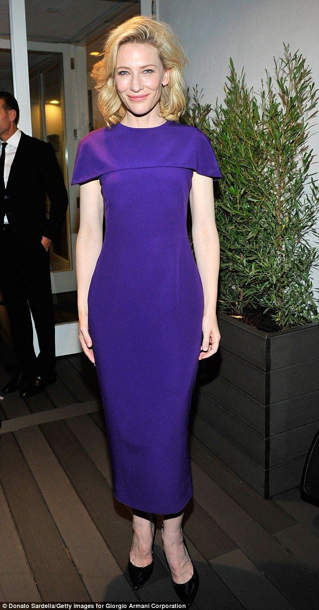 Cate Blanchett dons purple cape-collared frock to host pre-Oscar ... 6cd481468