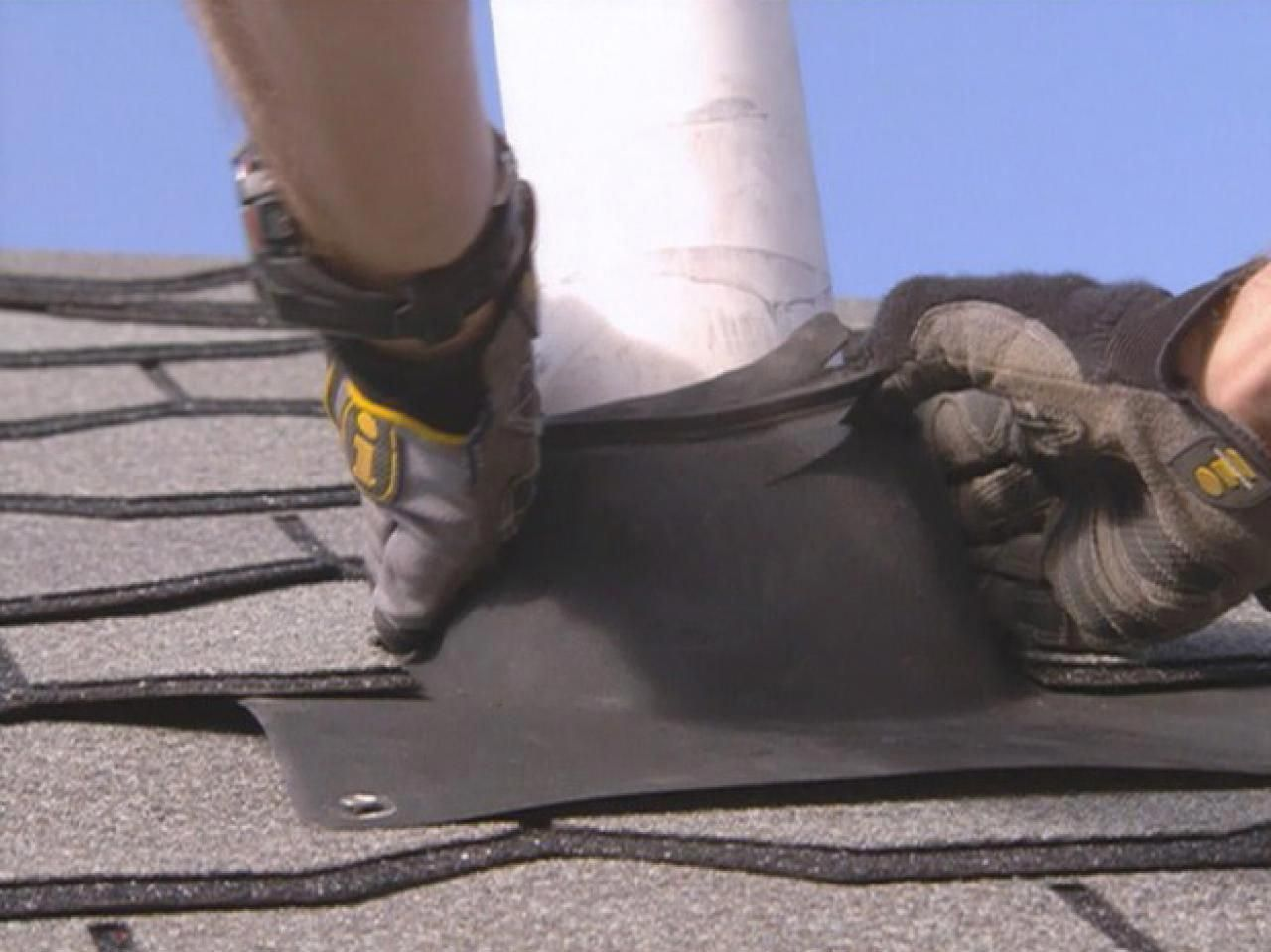 Diy Network Counts Down The Top 10 Tips For Safely Repairing A Leaking Roof Houseroofingtips Roof Repair Roofing Cool Roof