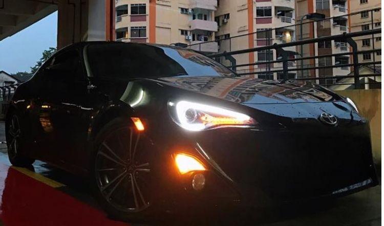 Luxury Car Rental In Malaysia Kuala Lumpur Penang Johor Bahru Luxury Car Rental Car Rental Company Car Rental Service