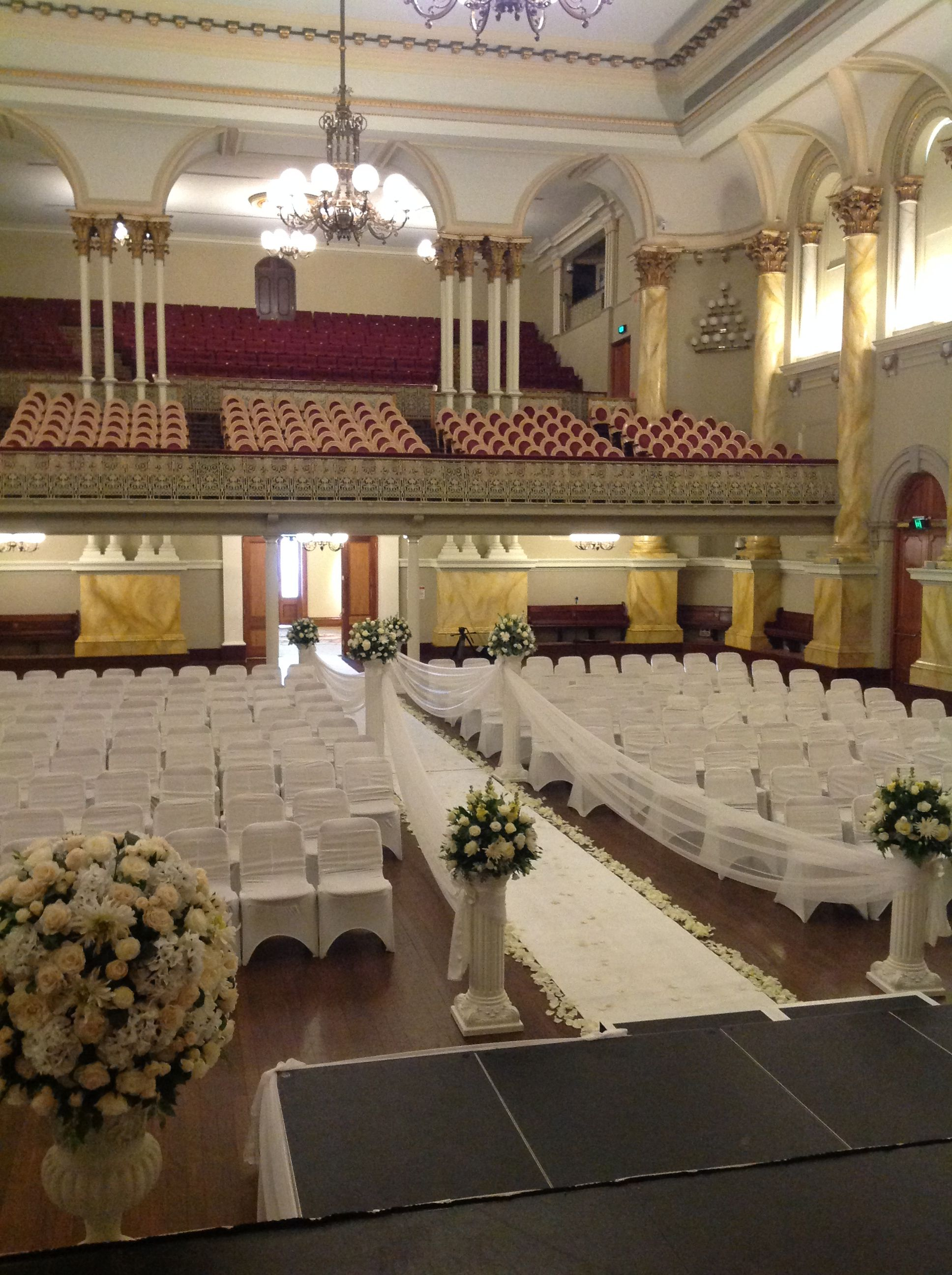 Adelaide town hall wedding ceremony houseofthebride adelaide town hall wedding ceremony houseofthebride junglespirit Choice Image