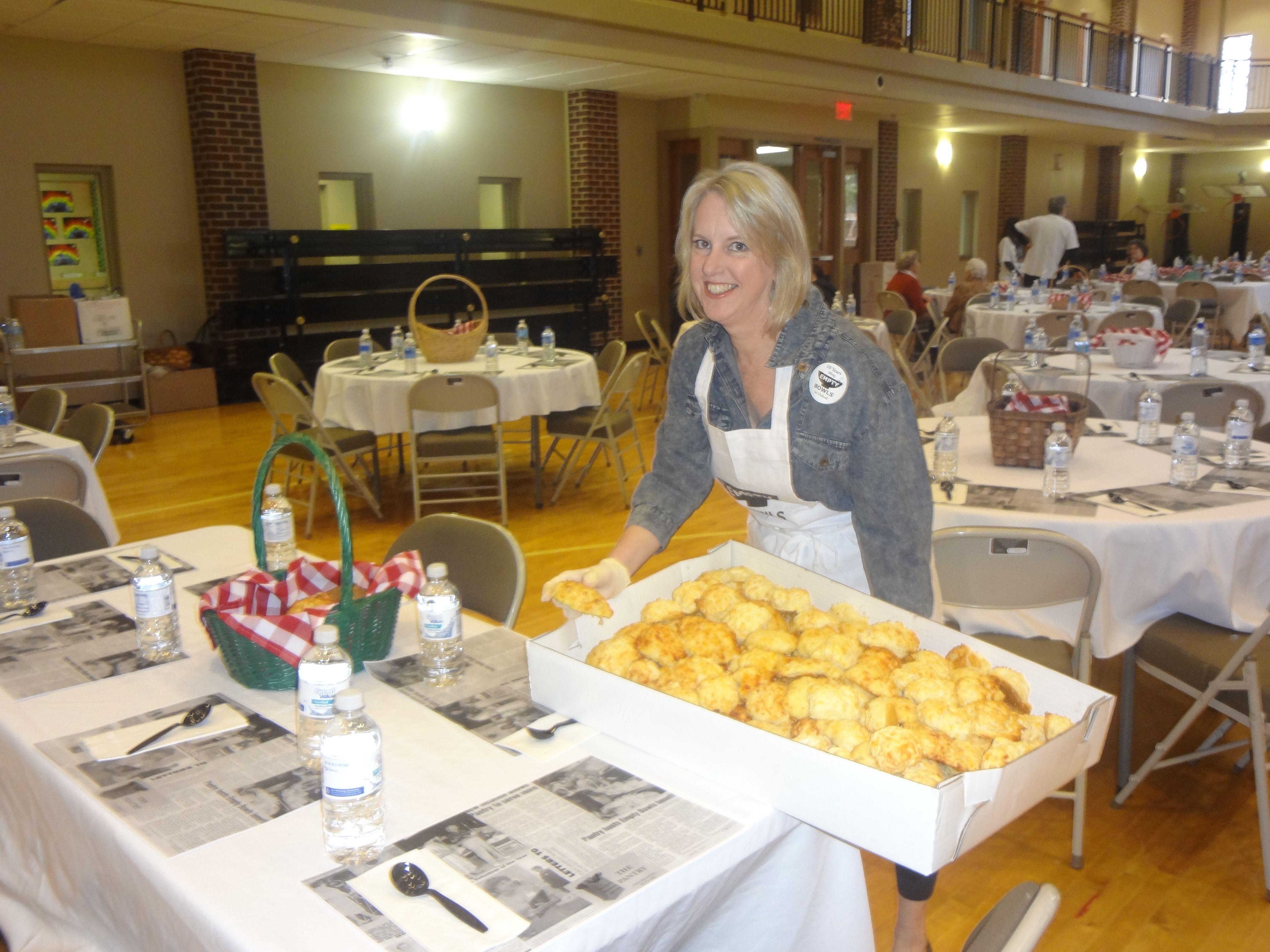 Event volunteer food food pantry event volunteer