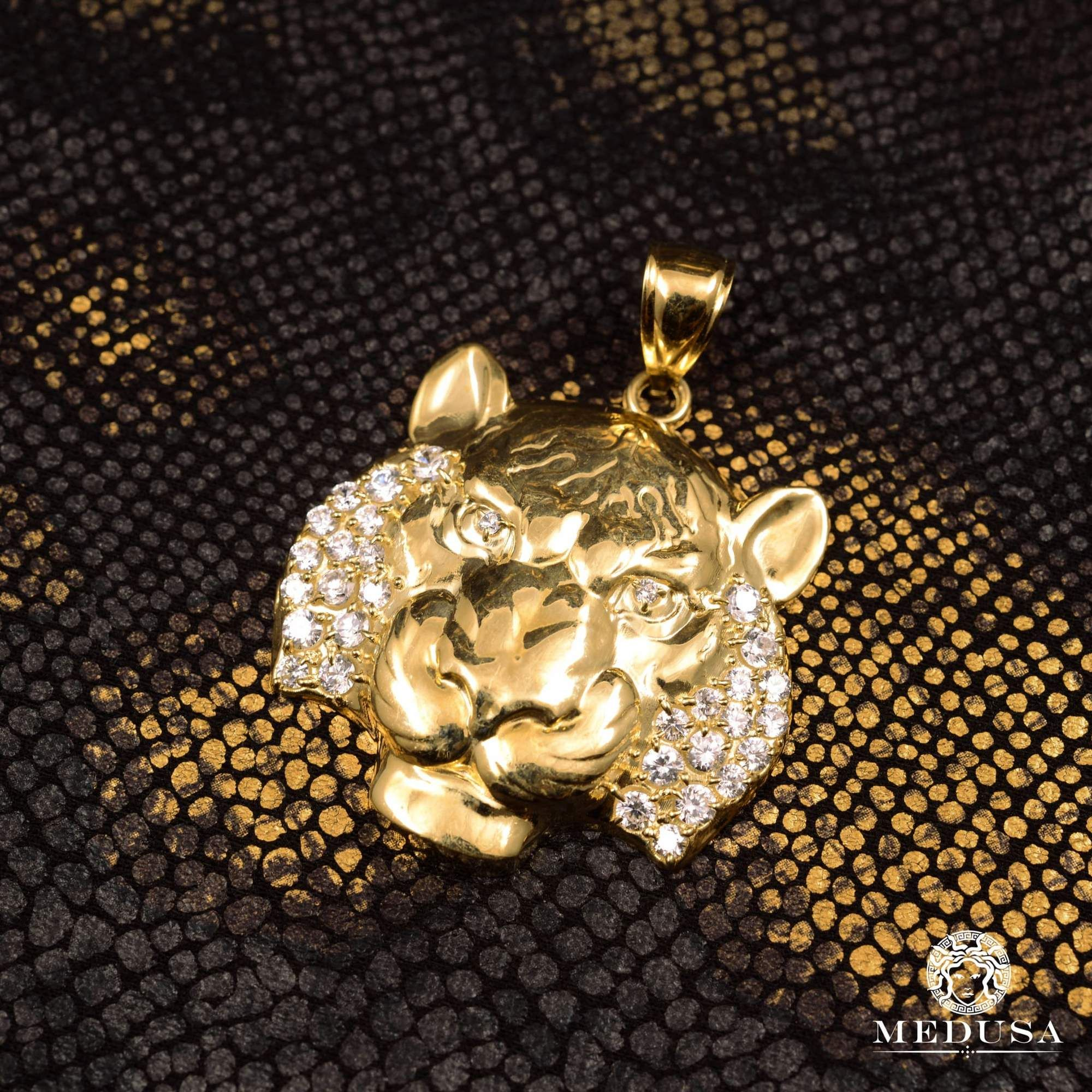 Puma X7 | Gold pendant, Amazing jewelry, Gold