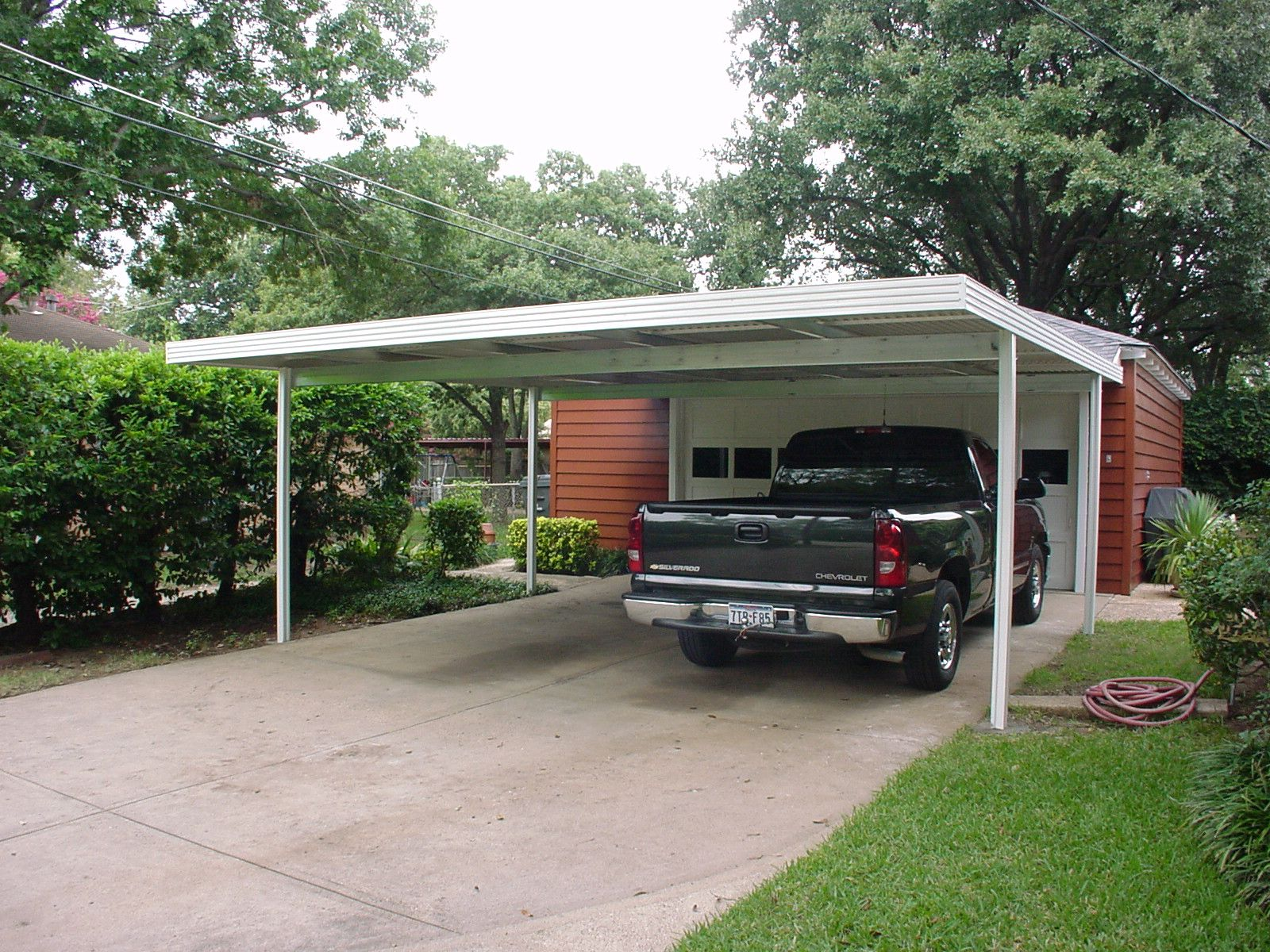 20x20 carport attached to home