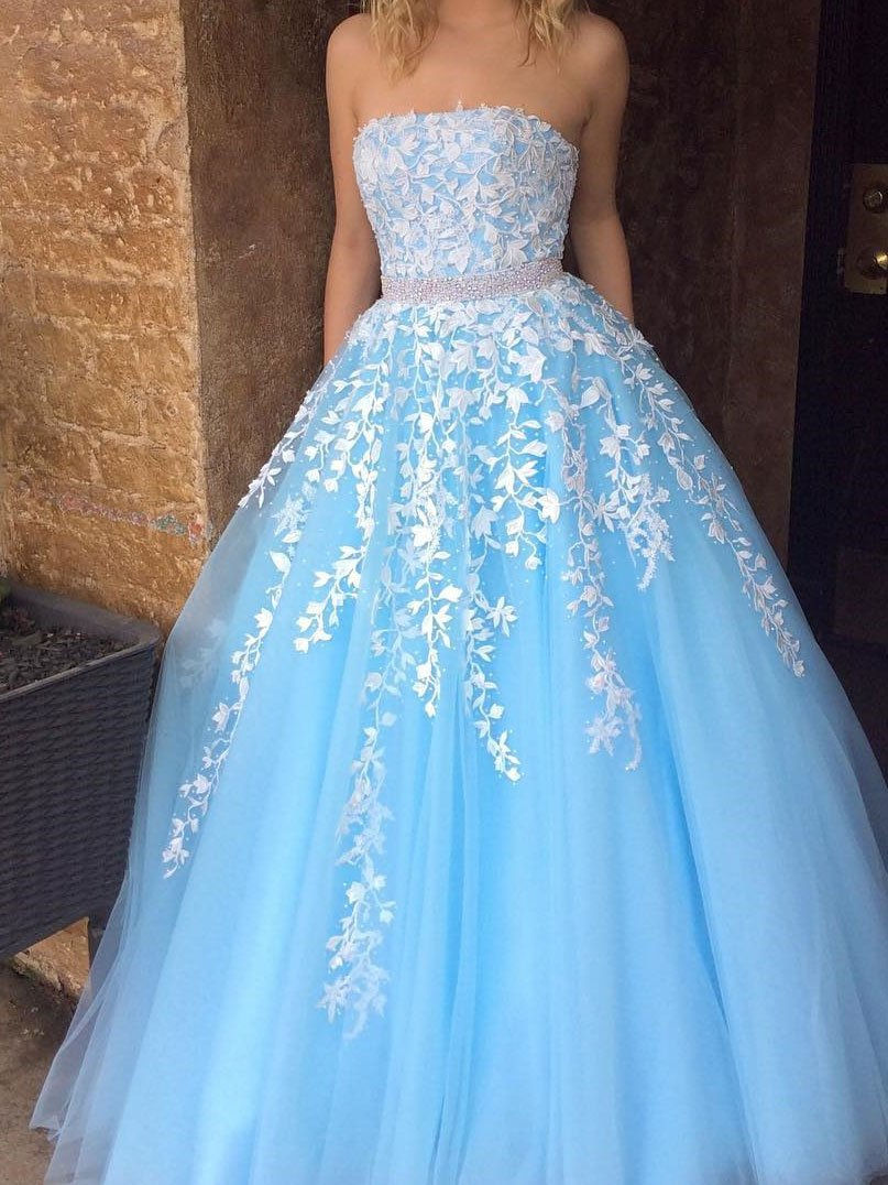 A-line/Princess White Lace Appliqued Tulle Long Strapless Prom ...