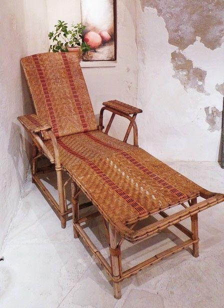 chaise longue en rotin ancienne fauteuil rotin transat rotin osier tresse vintage atelier ancien meuble ancien industriel loft meuble de metier