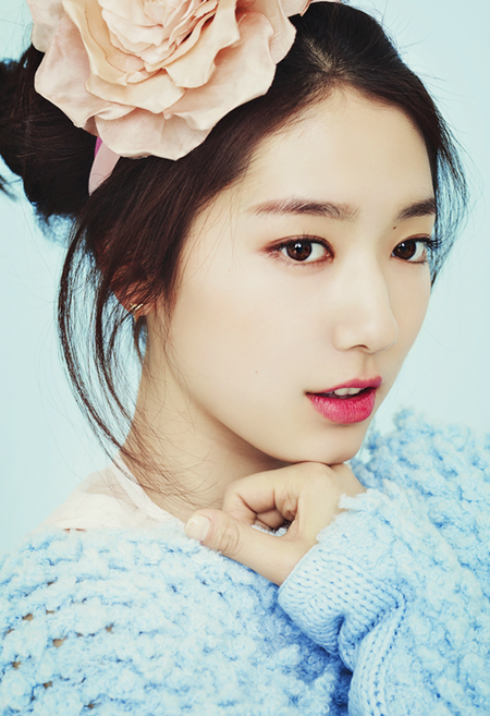 Park Shin Hye / 박신혜 from my favorite Korean Dramas, You're Beautiful and Heartstrings. She is a great actress and singer!