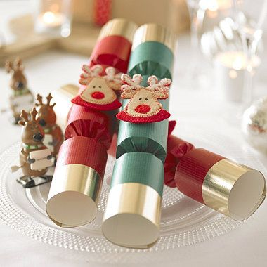 6 racing reindeer christmas crackers from lakeland happy 6 racing reindeer christmas crackers from lakeland solutioingenieria Choice Image