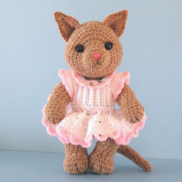 Tabitha, A Toy Cat by Sue Pendleton - Free Crochet Pattern on ...