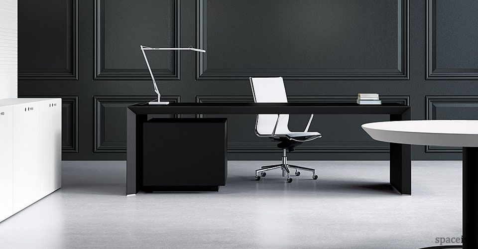 Ceo Black Leather Desk Spaceist Black Desk Office Ceo Desk Design Executive Office Desk