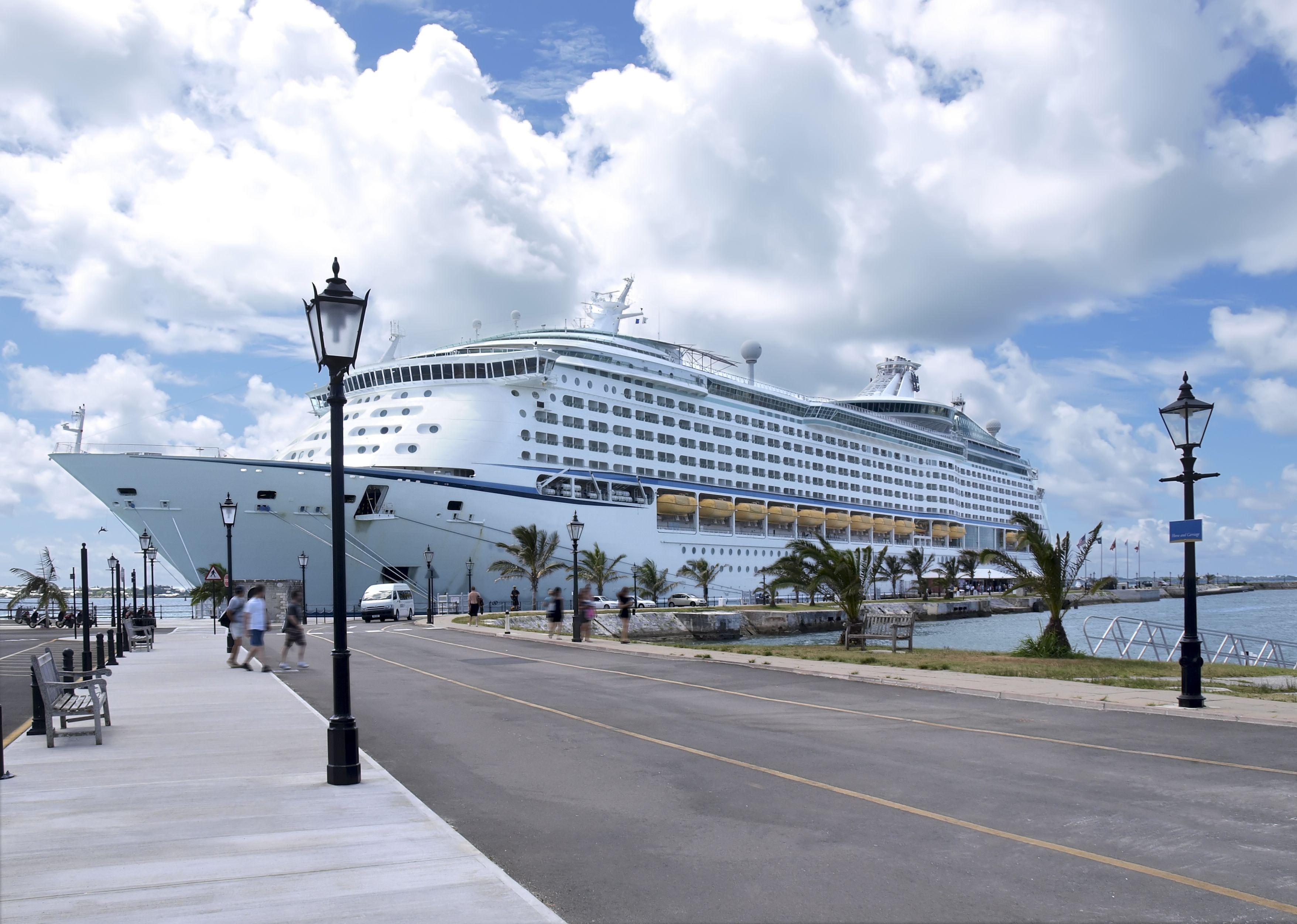Bermuda cruise deals best cruises to bermuda - Welcome To Kings Wharf Cruise Ship Port Bermuda
