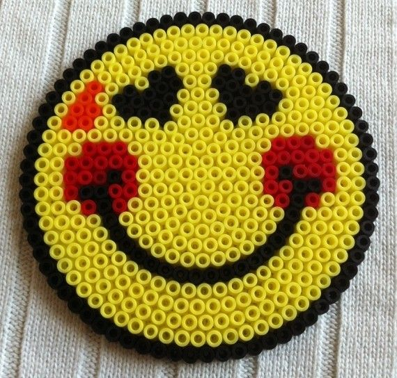 Sandylandya smiley hama perler by arthystik perler bead pinterest smiley hama - Perle a repasser smiley ...