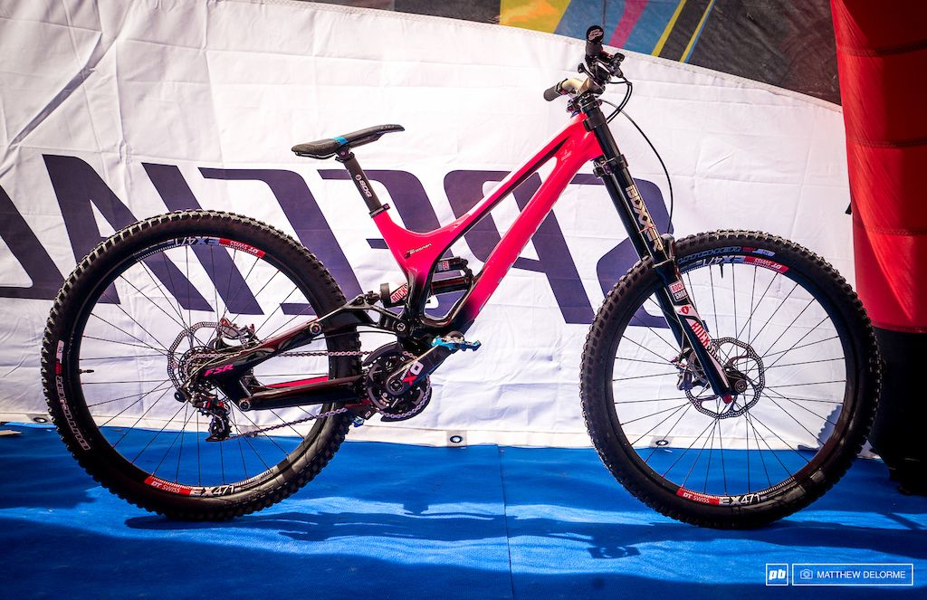 13fd411f730 Troy Brosnan's Bright Pink Specialized Demo - Fort William World Cup ...