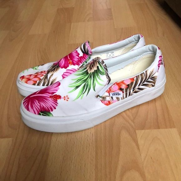 ba41a72f65 Shop Women s Vans size 8 Sneakers at a discounted price at Poshmark.  Description  Vans Hawaiian print slip on sneakers. Rarely worn. No trades.