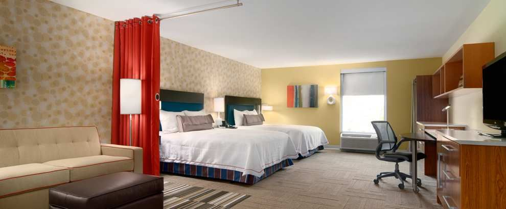 Enjoy your visit to collins road cedar rapids with a stay