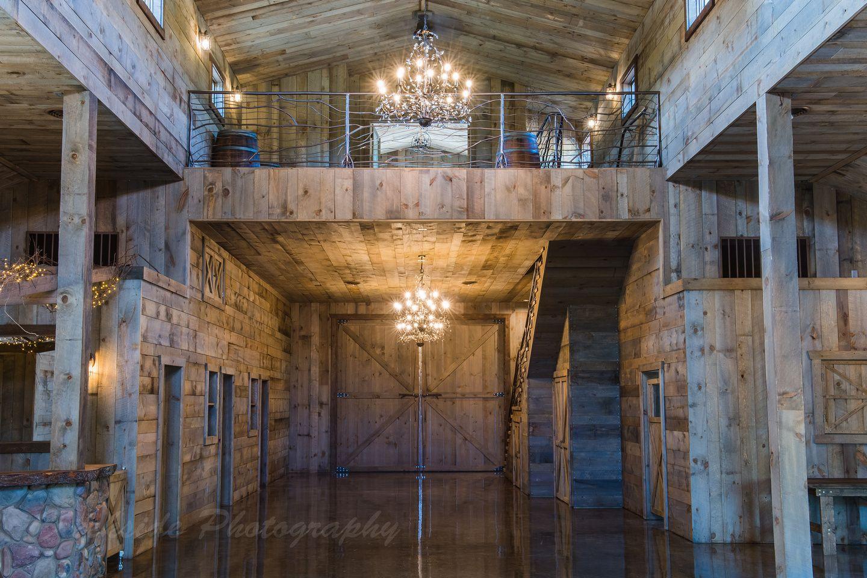 Creekside Farm Minnesota wedding venues, Minneapolis