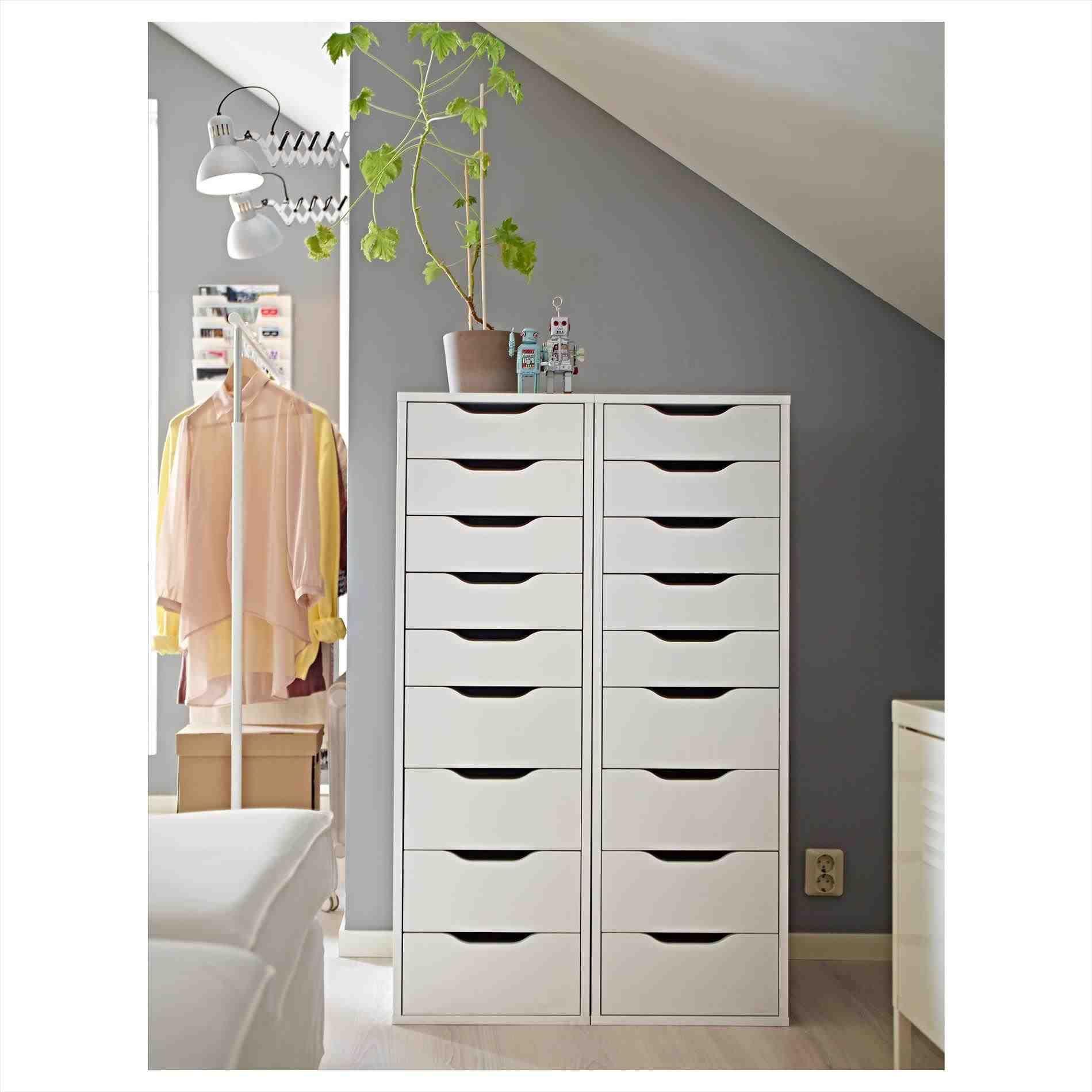 New wardrobe with dresser unit at temasistemi home designs