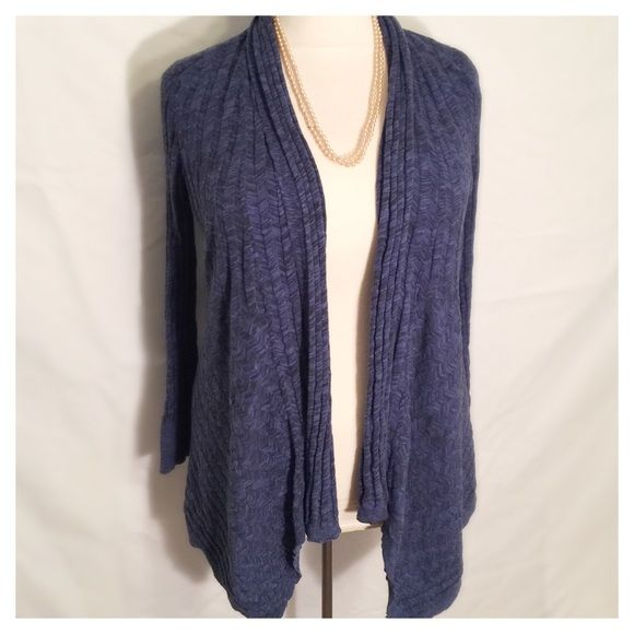 FINAL ⬇️!!! Plus Size Calvin Klein Sweater Luxurious Calvin Klein blue sweater size 1X. Has inner button. Throw it on to dress up jeans, or wear it to work! Very versatile sweater! Calvin Klein Sweaters Cardigans