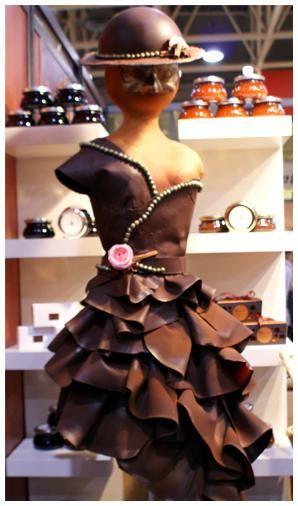 le salon du chocolat chokogou lyon sculptures en chocolat le chocolat et sculpture. Black Bedroom Furniture Sets. Home Design Ideas