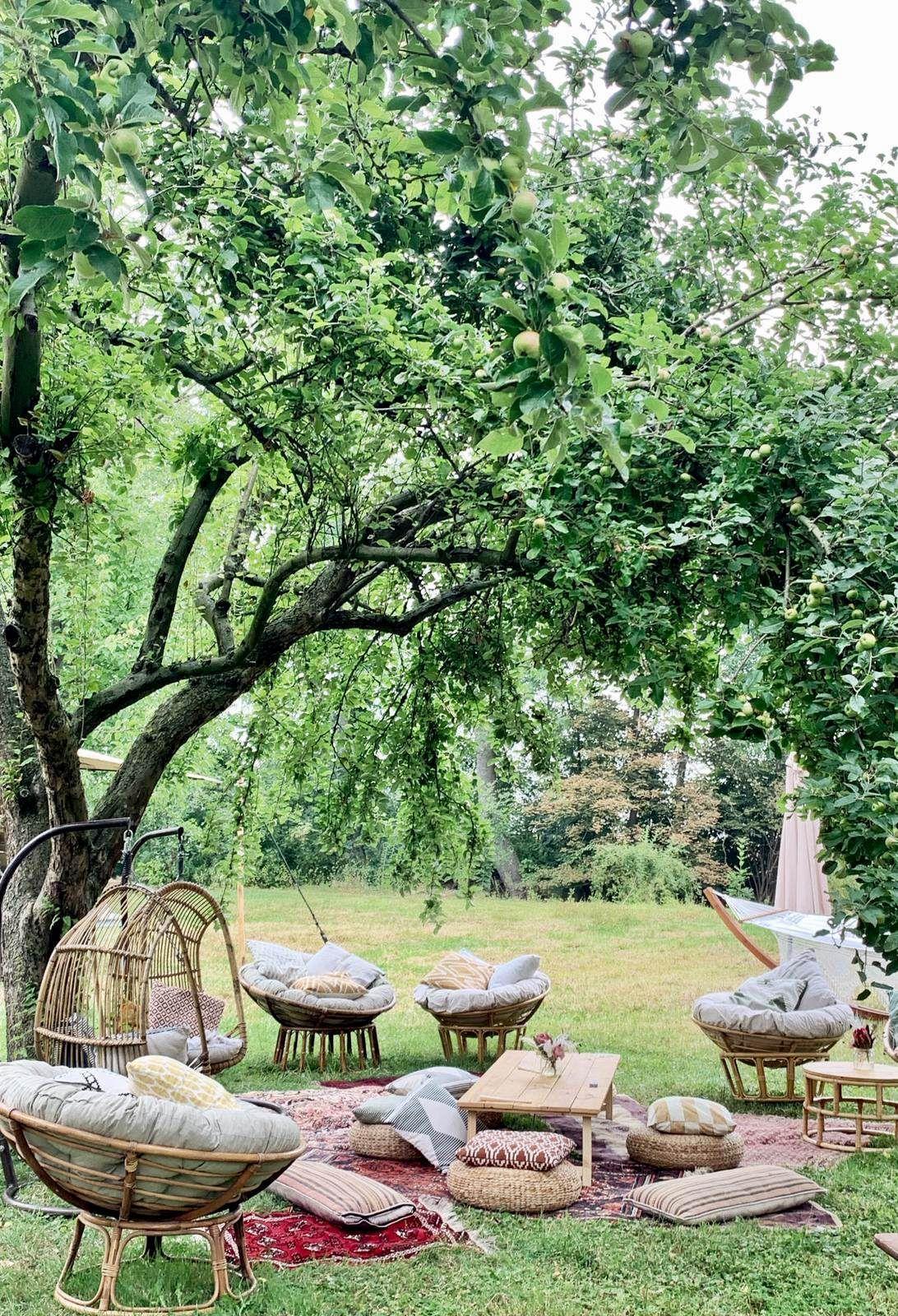 Boho Hochzeit Wasserburg Geretzhoven Draussen Lasst Es Sich Tremendous Entspannen In Der Lounge Ecke Mit Ratta In 2020 Outdoor Garden Furniture Outdoor Wedding Outdoor