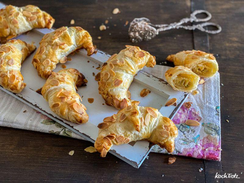 Schnelle gefüllte süße Croissants | auch glutenfrei + vegan - KochTrotz | kreative Rezepte