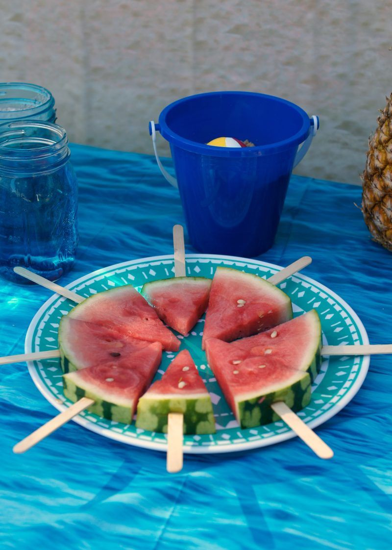 Beach party table decorations backyard beach party ideas  party themes and ideas  pinterest