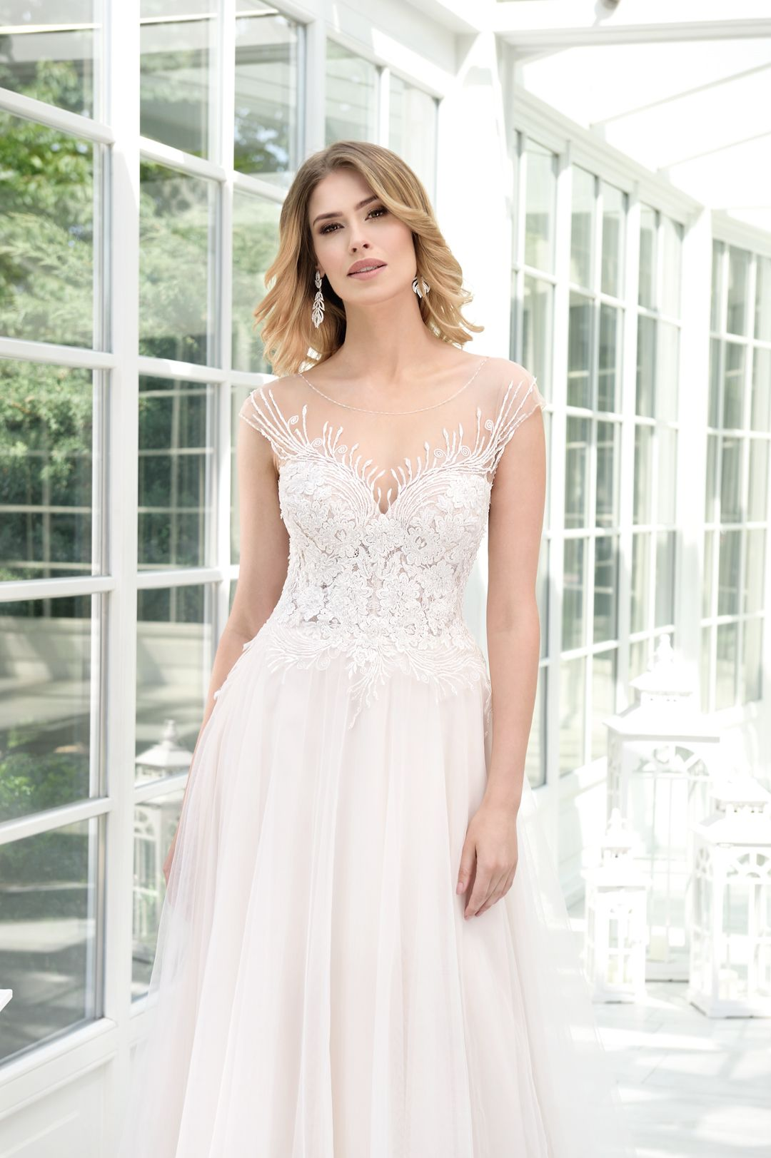 Hochzeitskleid Agnes Bridal Dream Kollektion 12 in 12