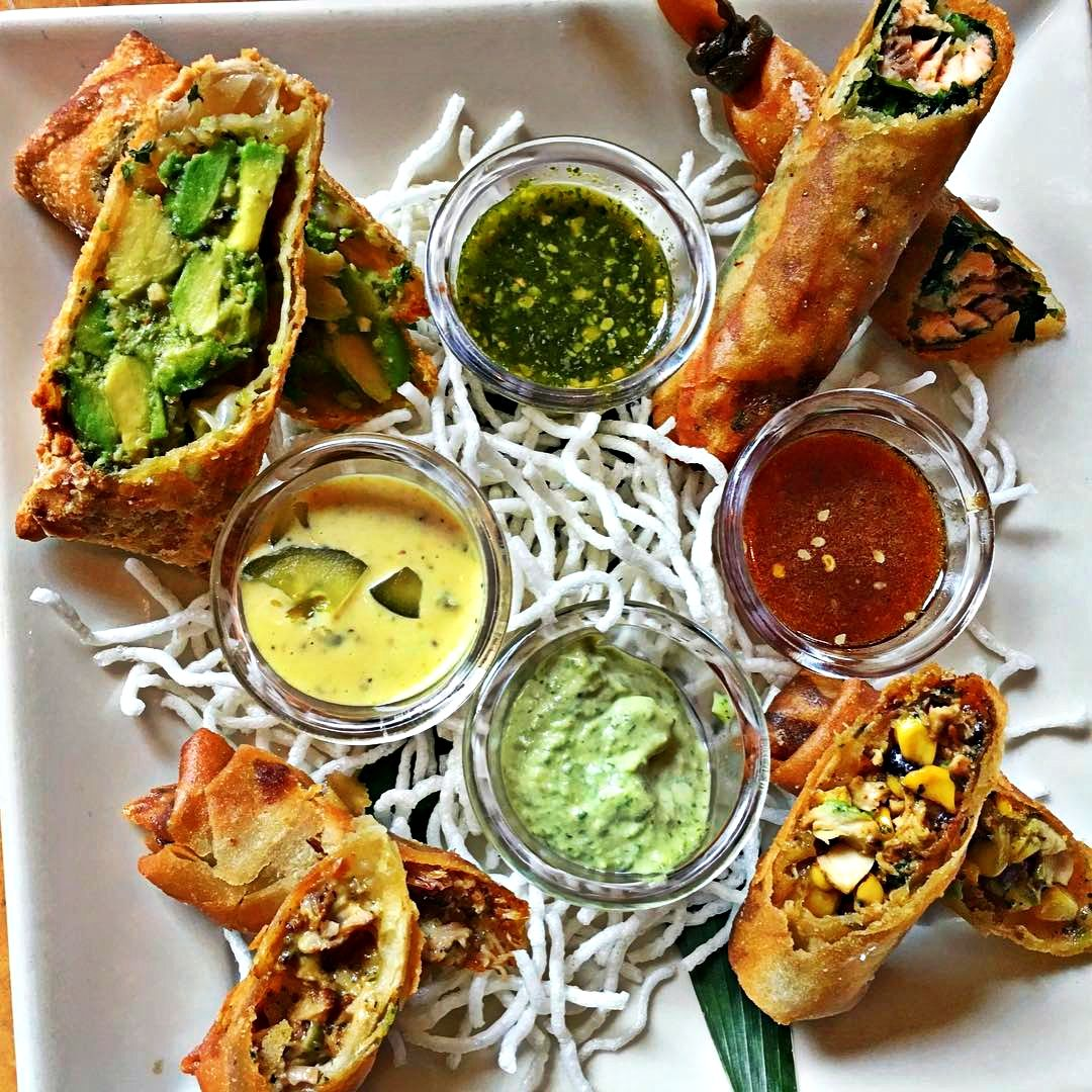 Everybody Loves To Eat Egg Roll Sampler From The Cheesecake