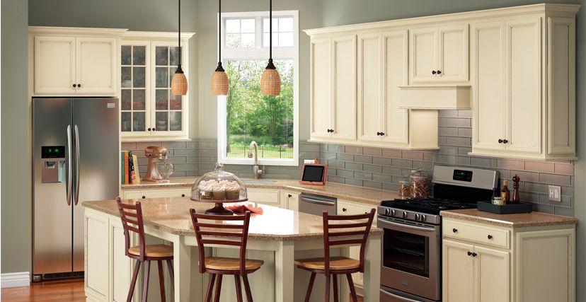 Shenandoah Cabinets Dominion Painted In Hazelnut Glaze