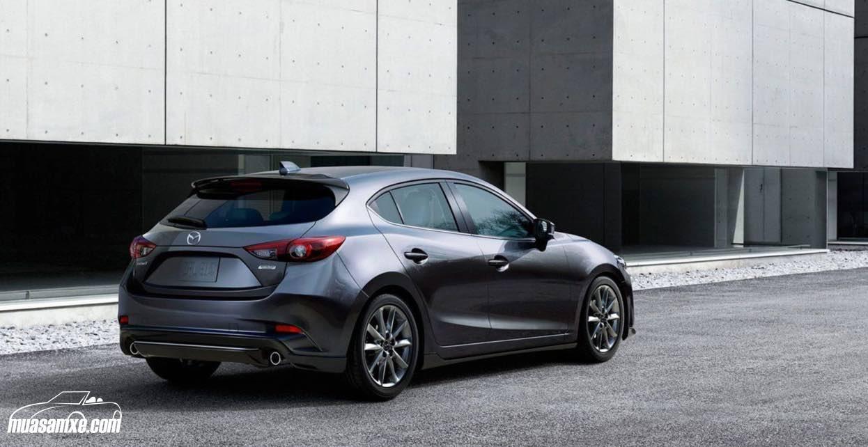 Đánh giá xe Mazda 3 2018 về công suất động cơ: Mazda3 2018 sẽ sử dụng động cơ 2.0 lít, 4 xy-lanh cho công suất 155 mã lực. Tuy nhiên, phiên bản Touring dự kiến sẽ được trang bị động cơ 2.5 lít mới cho công suất lên tới 184 mã lực. Đáng chú ý, hệ thống tái tạo năng lượng phanh i-ELoop của Mazda dự kiến sẽ không xuất hiện trên bản Grand Touring cao cấp bởi theo hãng, công nghệ này không nhất thiết phải được trang bị trên xe, giá của nó là 800 USD những cũng chỉ có tác động tối thiểu đến mức…