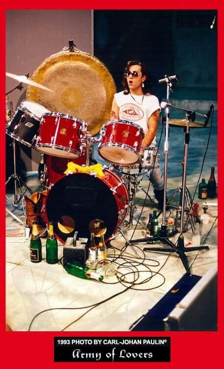 Jean-Pierre Barda detrás de las cámaras de 'Sons of Lucy' en 1993 por Carl-Johan Paulin