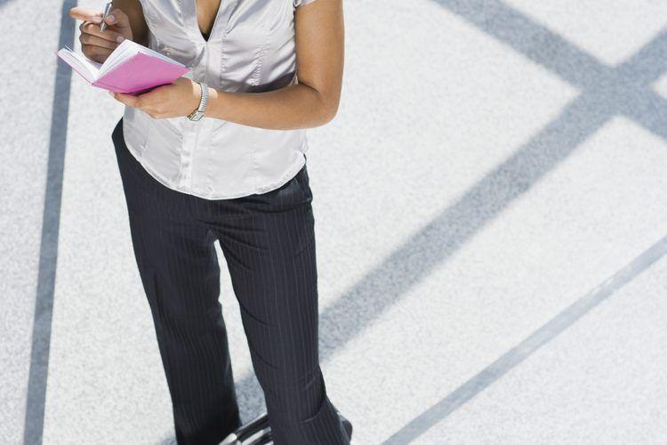 Seguridad en el viaje del empleado. Cuando tienes que enviar a tus empleados a trabajar fuera de la ciudad o fuera del país, hay más que solo el proceso de reserva de vuelos y hoteles. Con los viajes de trabajo, la empresa asume parte de la responsabilidad por la seguridad de sus empleados y puede ...
