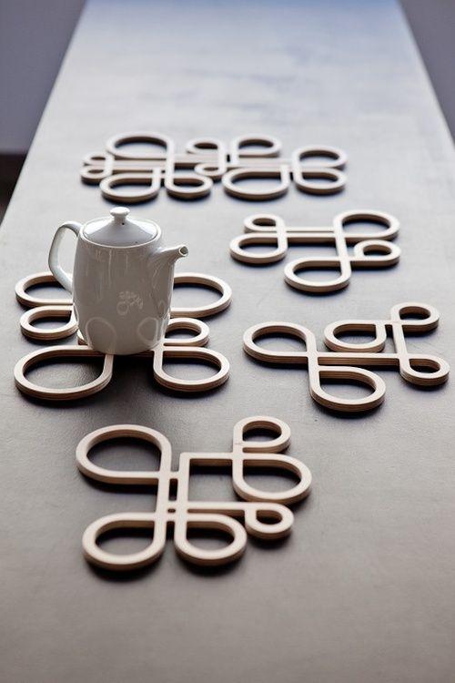 Dessous de plat et théière | mOdern | Pinterest | Wood, Design and Decor