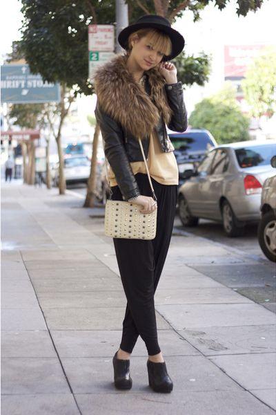black-cheap-monday-pants-beige-rebecca-minkoff-purse_400.jpg (400×600)