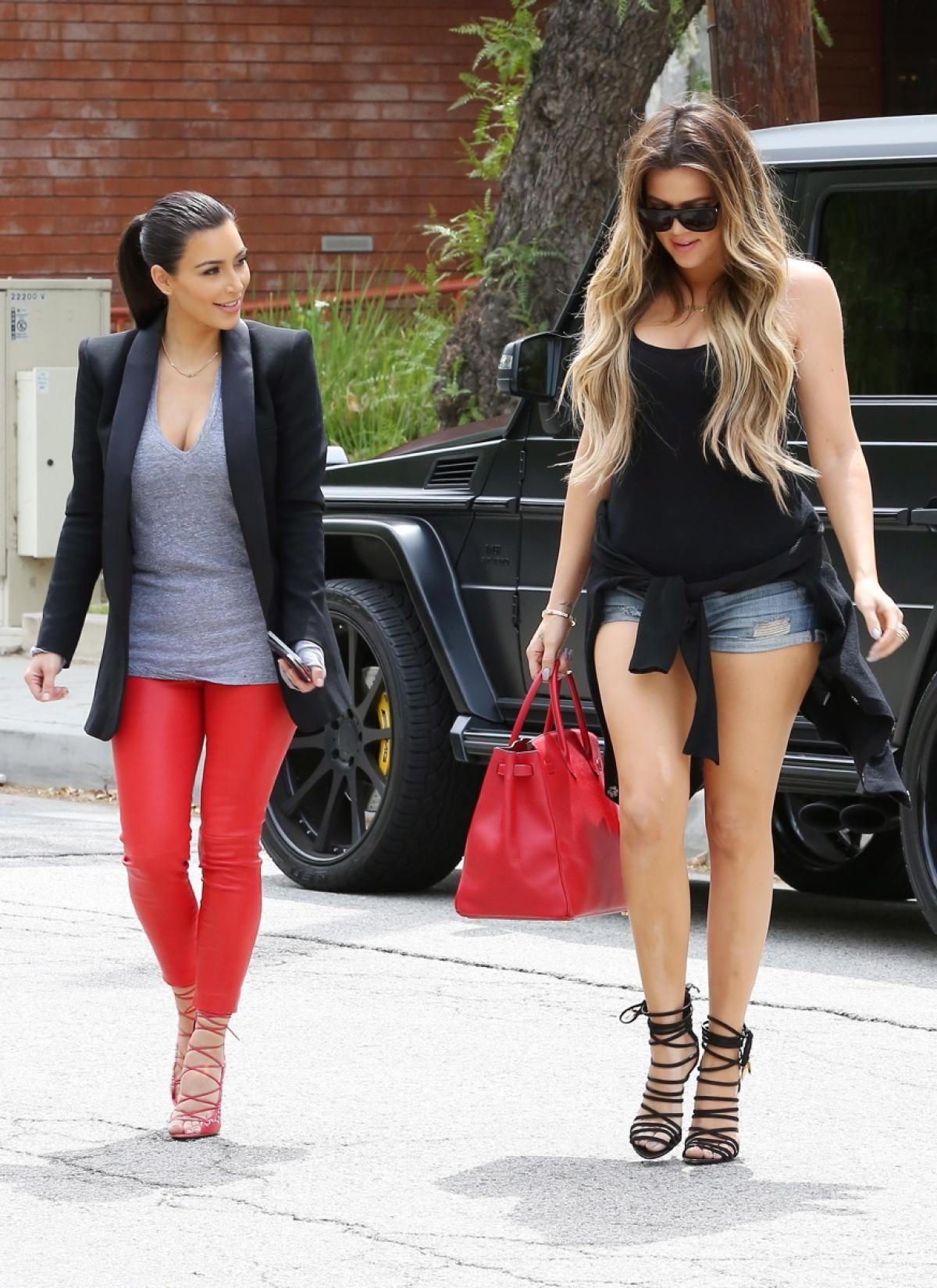 Kim Kardashian Wears Poorly Fitting Panties - 2019 year