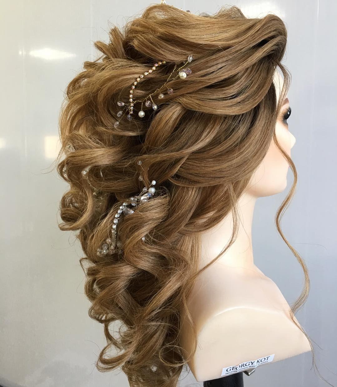 Regardez Cette Photo Instagram De Georgiykot 12 5 K Mentions J Aime Matric Dance Hairstyles Hairdo Wedding Hair Styles
