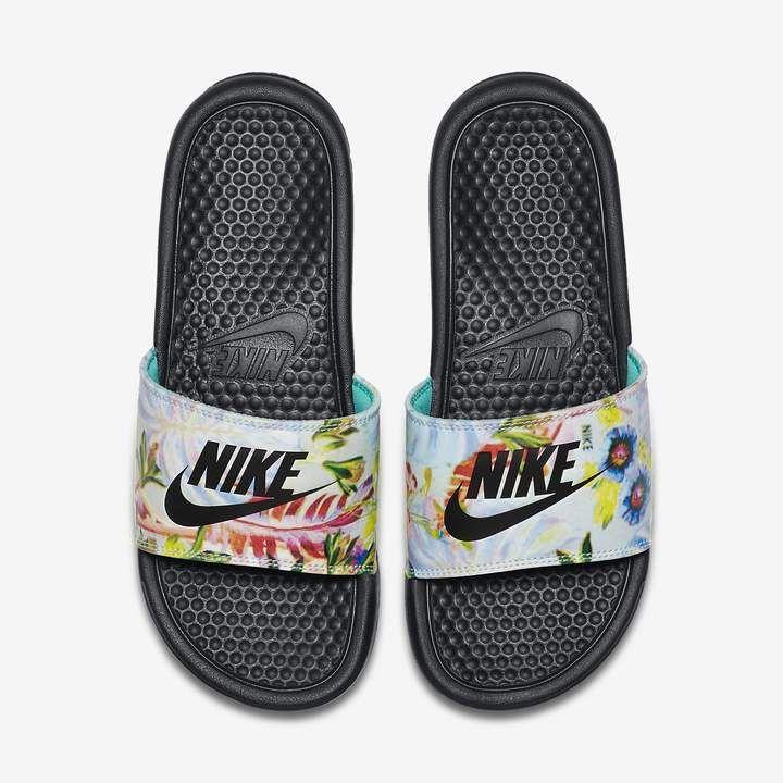 brand new 1b2c4 95e52 Nike Benassi JDI Floral Women s Slide