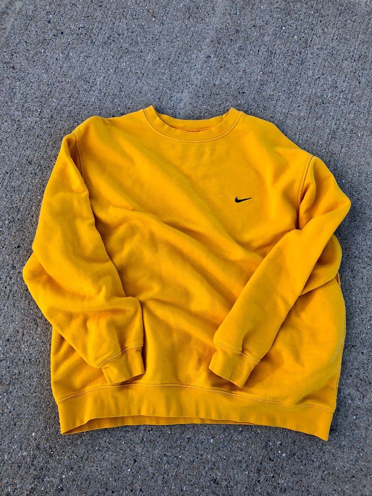 Nike Swoosh Crewneck In 2021 Sweatshirt Outfit Winter Sweatshirts Yellow Sweatshirt Outfit [ 1600 x 1200 Pixel ]
