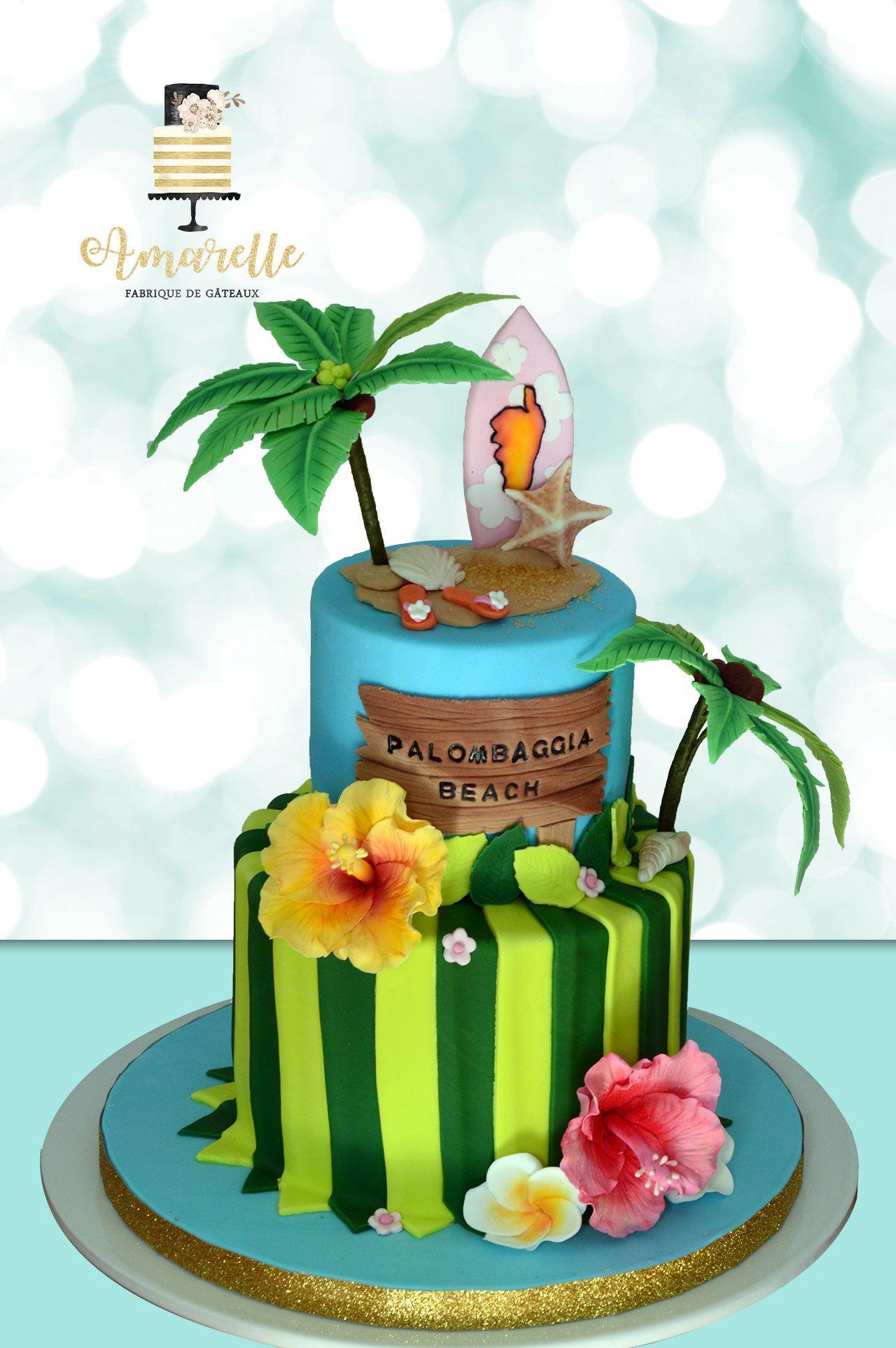 Gateau tropical, île et palmier, fleurs d\u0027hibiscus