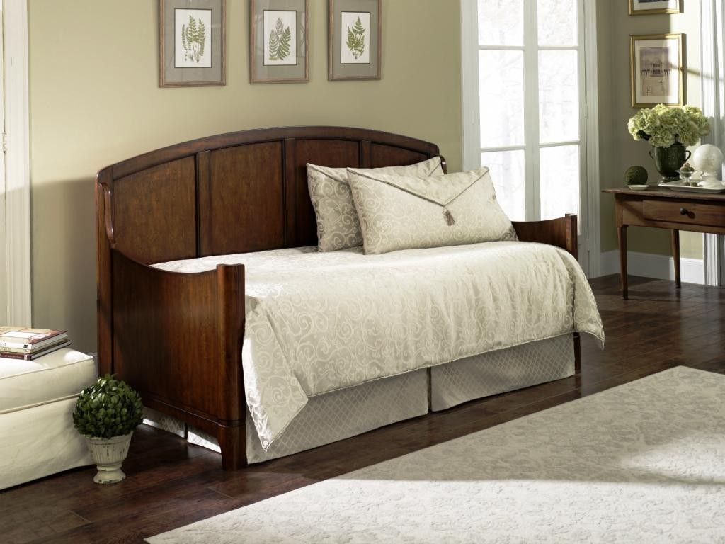 Daybed With Pop Up Trundle Wood Inside Outside